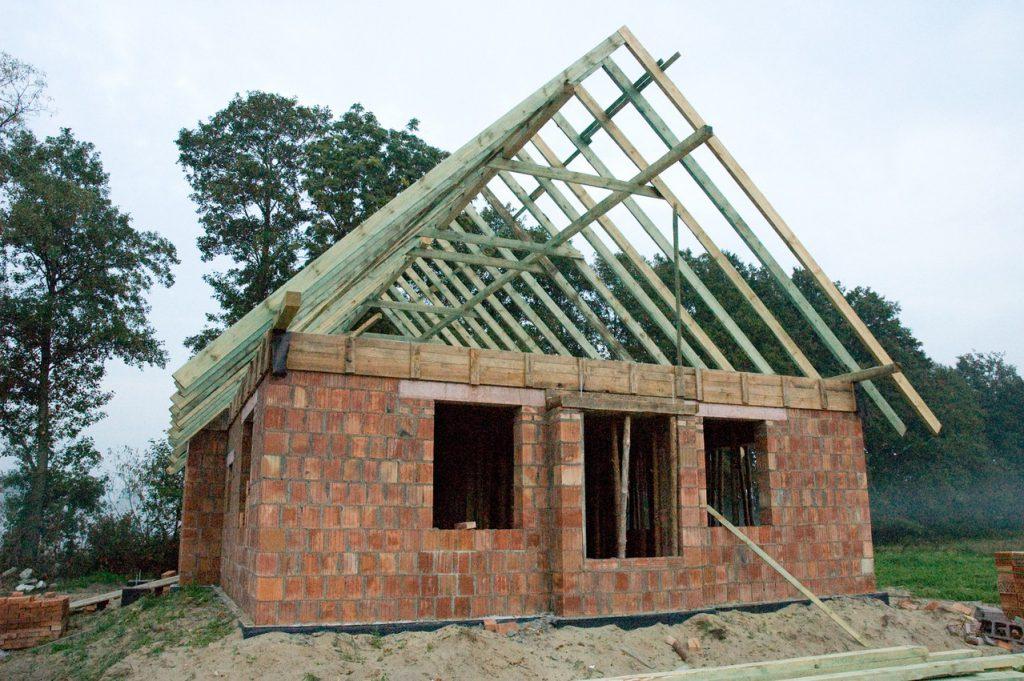Jaki zakres usług proponuje firma budowlana?